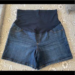 Liz Lange Maternity Jean Shorts